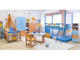 """Детская комната """"Праздник"""" с кроватями из массива бука"""