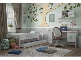 """Светлая комната для девочки с кроватью из массива бука """"Парижанка"""""""