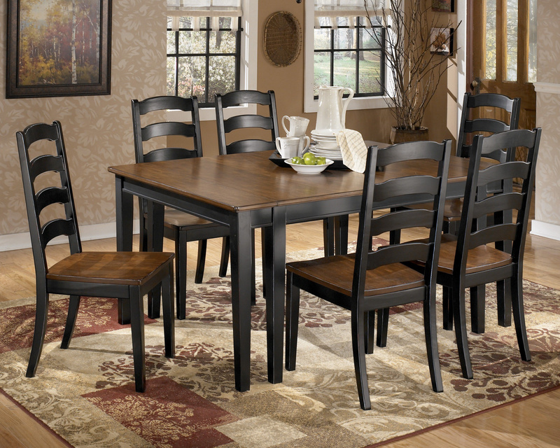Dining sets UK 2012 range of modern wood oak glass round small kitchen extending white gloss and black dining sets