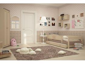 """Комната для девочки с кроватью из массива бука """"Capri"""""""